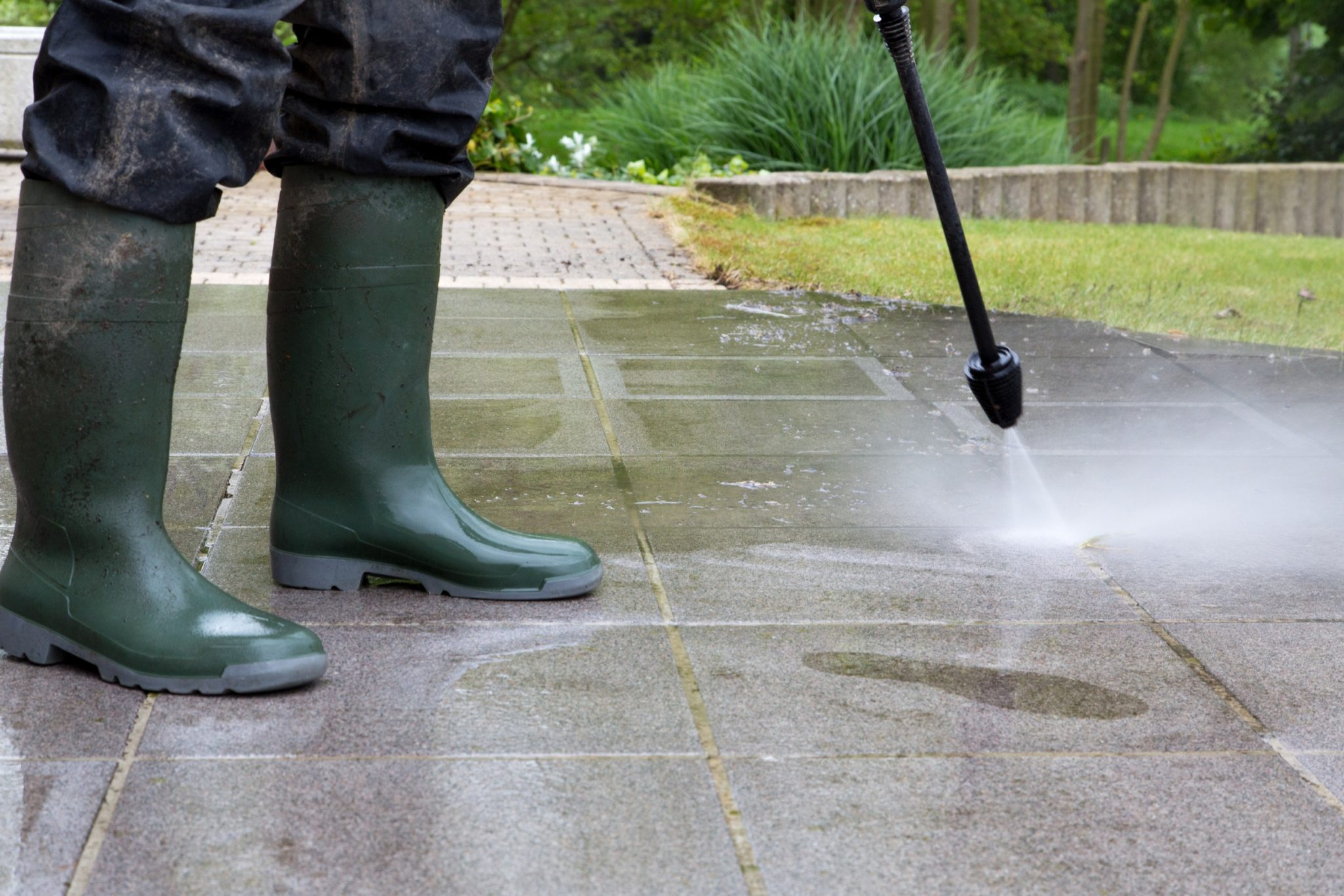 power washing vs soft washing